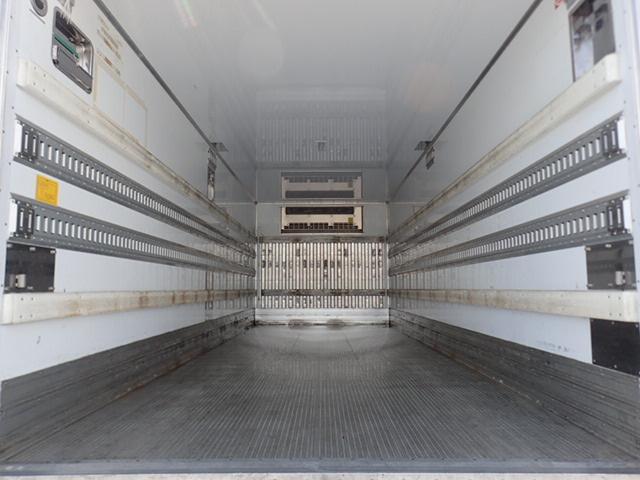 低温冷凍車 パワーゲート 積載3.15t(9枚目)