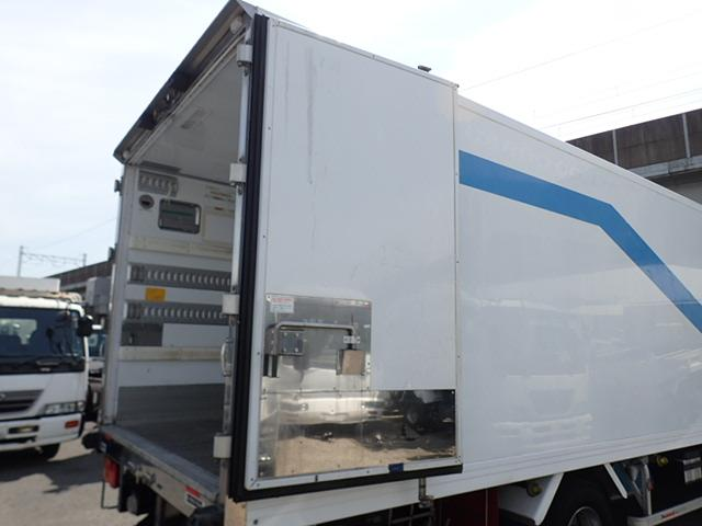 低温冷凍車 パワーゲート 積載3.15t(16枚目)