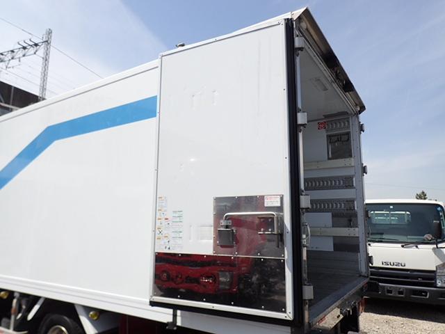 低温冷凍車 パワーゲート 積載3.15t(17枚目)