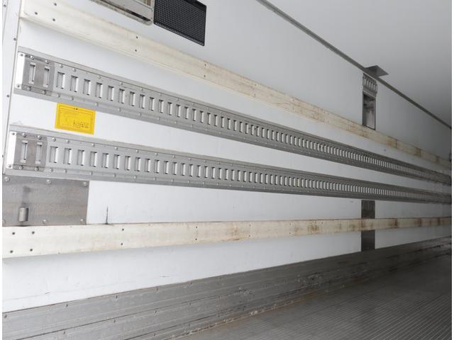 低温冷凍車 エアサス パワーゲート 積載3t(10枚目)