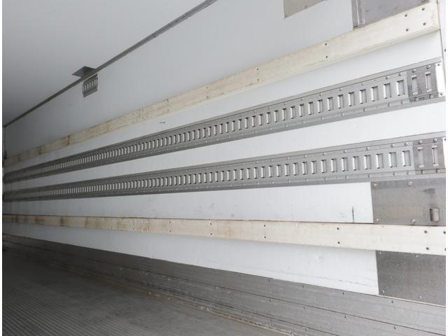 低温冷凍車 エアサス パワーゲート 積載3t(12枚目)
