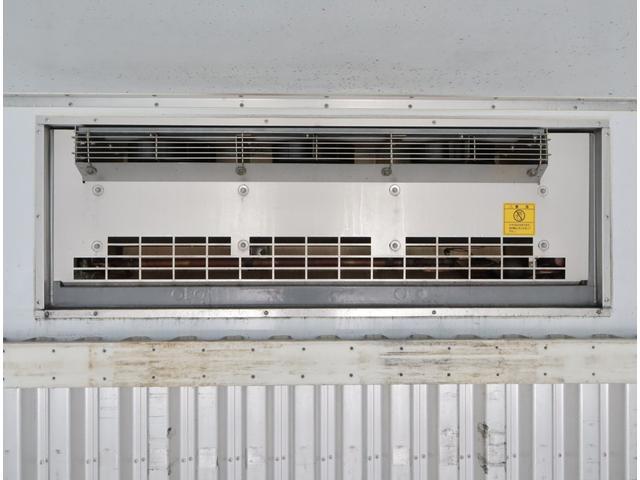 低温冷凍車 エアサス パワーゲート 積載3t(15枚目)
