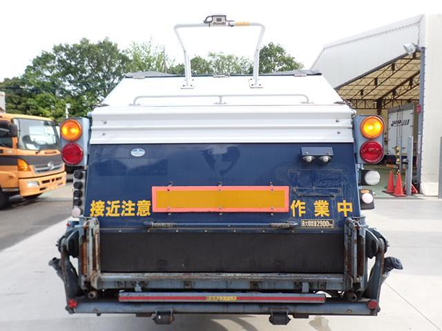 巻込みパッカー 6.5立米 積載2.9t(4枚目)