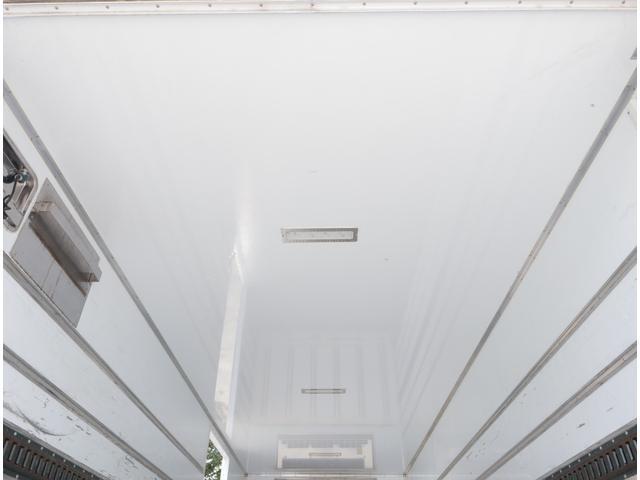 低温冷凍車 パワーゲート 積載2.7t(14枚目)