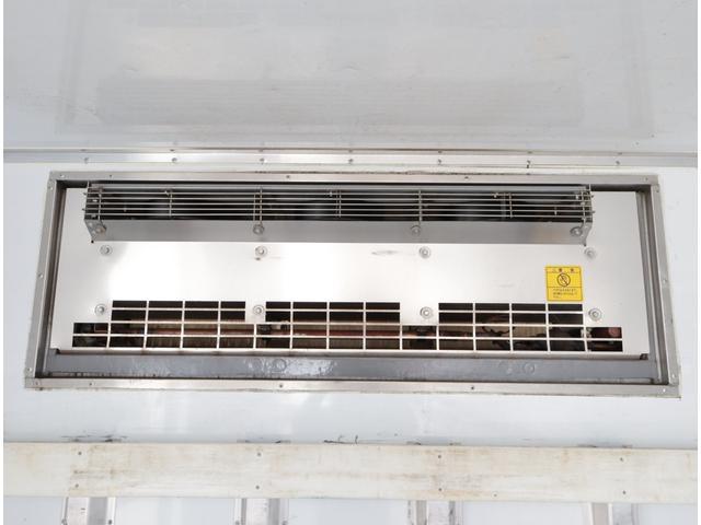 低温冷凍車 パワーゲート 積載2.7t(16枚目)