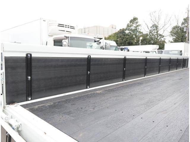 車検整備から鈑金、塗装、架装までトラック・バスのことなら、どんなことでもお任せください。