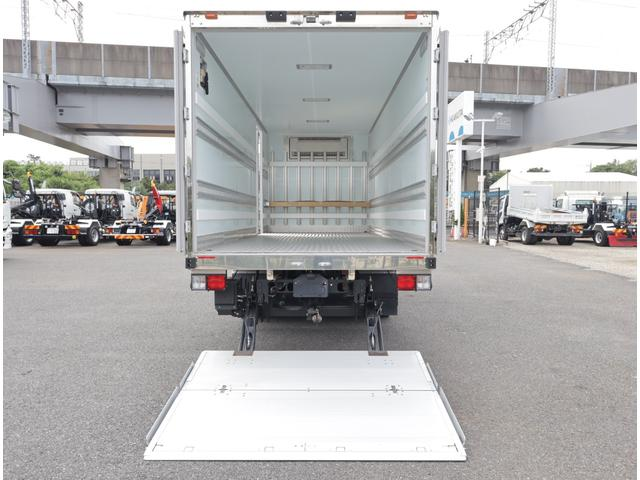 低温冷凍車 パワーゲート 積載3t(8枚目)