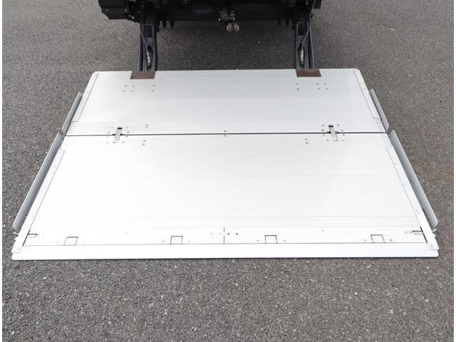 低温冷凍車 パワーゲート 積載3t(9枚目)