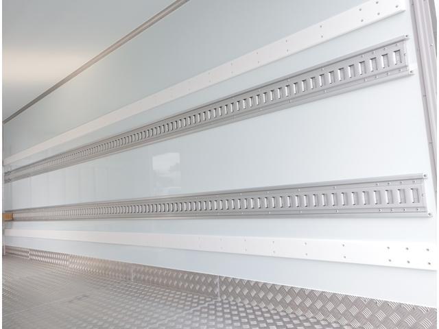 低温冷凍車 パワーゲート 積載3t(14枚目)