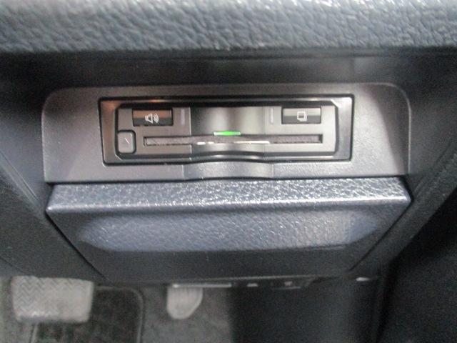 Si アルパインツインモニター 10インチナビ 12セグ DVD ミュージックサーバー BTオーディオ バックカメラ ETC 革巻きステア 両側PSD 革調シートカバー ウォークスルー 純正AW LED(36枚目)
