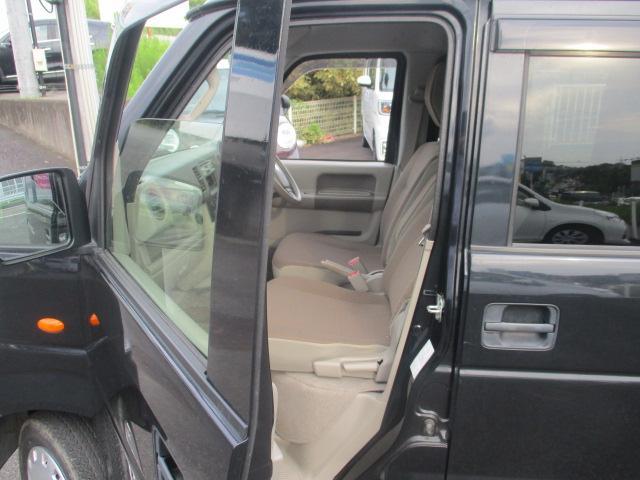 ジョイン ユーザー買取り車 ハイルーフ仕様 インパネ5速マニュアル フル装備 純正CDオーディオ セキュリティアラーム キーレス UVカット&プライバシーガラス Wエアバッグ ABS 保証書 取説(15枚目)