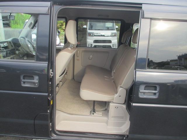 ジョイン ユーザー買取り車 ハイルーフ仕様 インパネ5速マニュアル フル装備 純正CDオーディオ セキュリティアラーム キーレス UVカット&プライバシーガラス Wエアバッグ ABS 保証書 取説(16枚目)