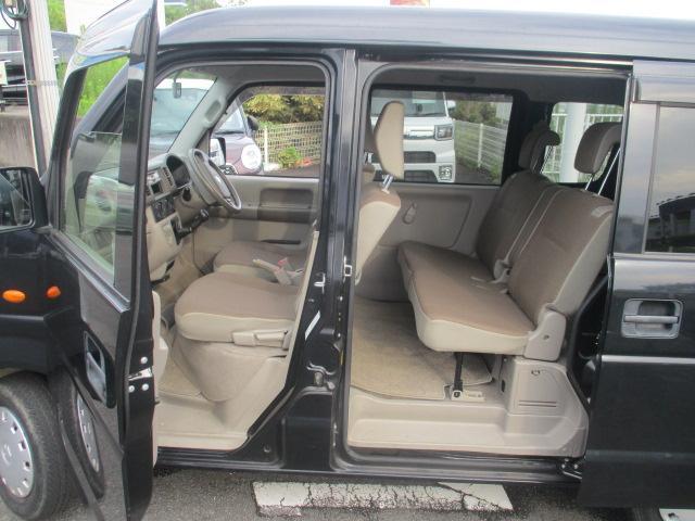 ジョイン ユーザー買取り車 ハイルーフ仕様 インパネ5速マニュアル フル装備 純正CDオーディオ セキュリティアラーム キーレス UVカット&プライバシーガラス Wエアバッグ ABS 保証書 取説(17枚目)
