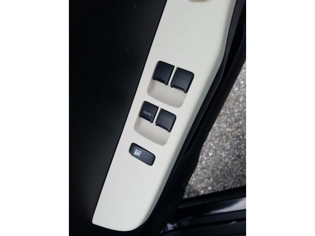 L アイドリングストップ シートヒーター ヘッドライトレベライザー キーレスエントリー 横滑り防止 パワーウィンドウ(14枚目)