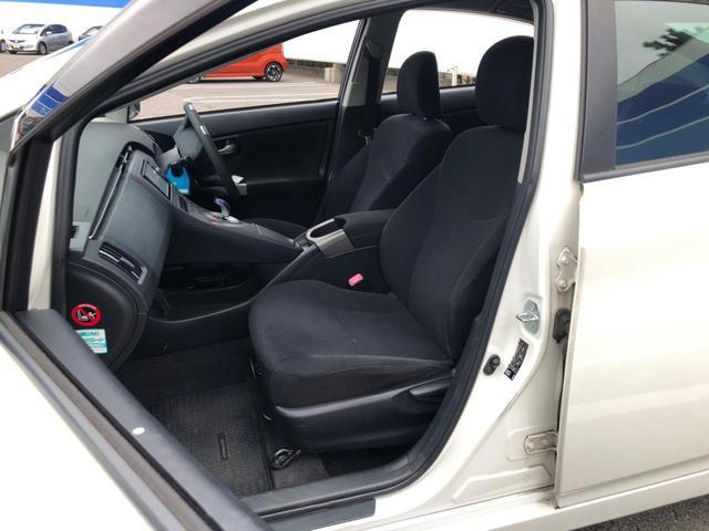 S 後期 純正SDナビ バックカメラ Bluetoothオーディオ フルセグTV DVD ビルトインETC ステアスイッチ HIDヘッドライト フォグ オートライト スマートキー 車両接近通報装置 禁煙車(16枚目)