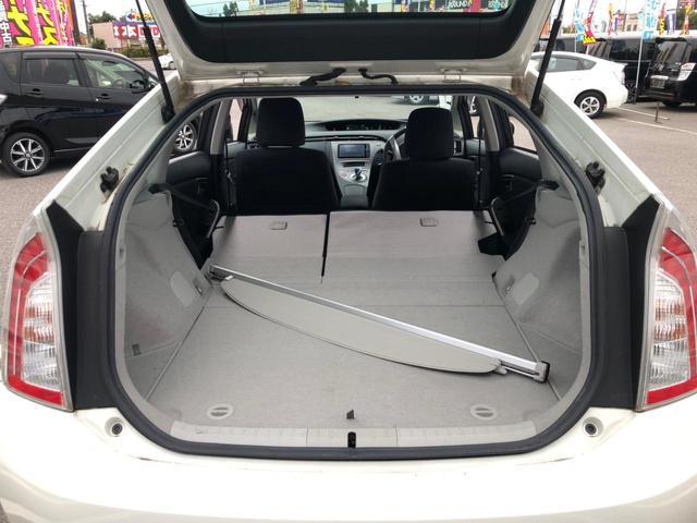 S 後期 純正SDナビ バックカメラ Bluetoothオーディオ フルセグTV DVD ビルトインETC ステアスイッチ HIDヘッドライト フォグ オートライト スマートキー 車両接近通報装置 禁煙車(20枚目)
