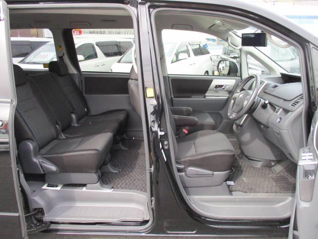 トヨタ ヴォクシー ZS煌II 後期型 HDDナビ 後席モニタ- 両側電動ドア
