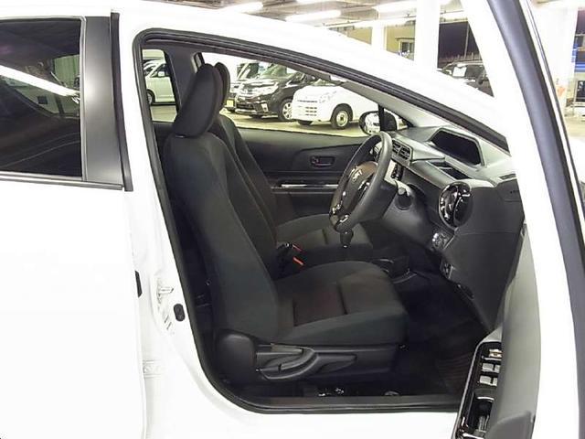 トヨタ アクア S スタイルブラック 衝突被害軽減ブレーキ 純正SDナビ