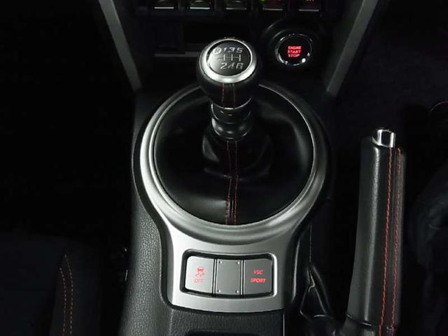 GT 6速MT車 ワンオーナー HDDナビ 12セグTV(16枚目)
