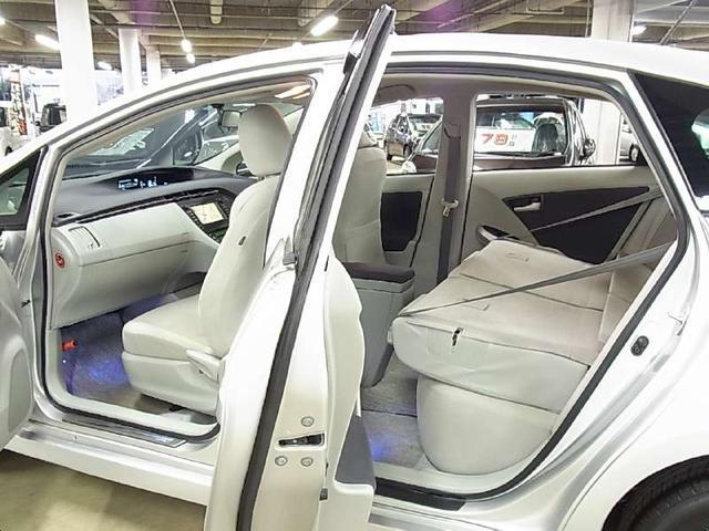 トヨタ プリウス S インテリジェントパーキングアシスト 純正HDDナビ