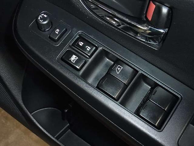 2.0I-L アイサイト 4WD 12セグSDナビ HID(18枚目)