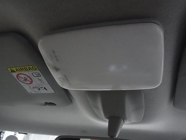 自社陸運局指定工場完備!国家資格を持った整備士による整備。走行に関係の無い所も不具合箇所が有れば修理してご納車致します。ご納車後はもちろん、車検・点検・板金塗装・電装品取付などもお任せください。