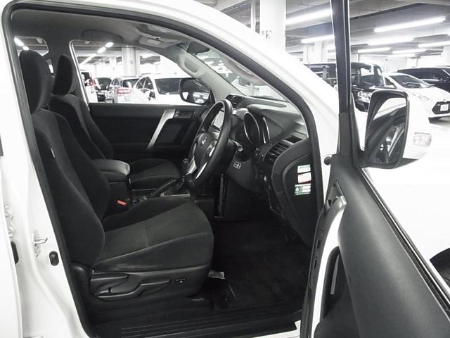 TX 4WD ディーラーオプションSDナビ バックモニター BLUETOOTHオーディオ ワンセグTV ビルトインETC スマートキー&プッシュスタート スペアキー有 純正17インチAW オートライト 禁煙(22枚目)