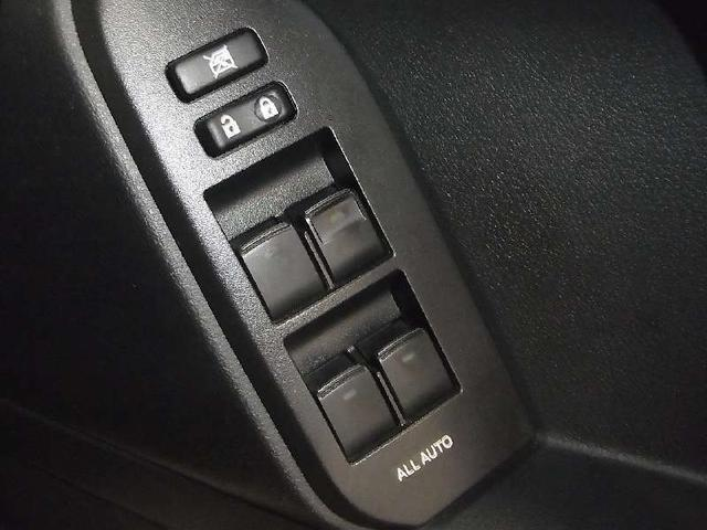 TX 4WD ディーラーオプションSDナビ バックモニター BLUETOOTHオーディオ ワンセグTV ビルトインETC スマートキー&プッシュスタート スペアキー有 純正17インチAW オートライト 禁煙(39枚目)