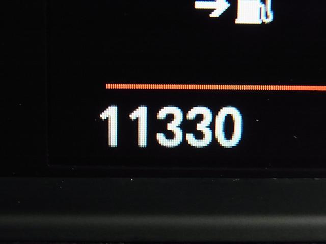 218iアクティブツアラー ラグジュアリー インテリジェントセーフティ ドライブレコーダー パワーバックドア メモリー付黒革電動シート シートヒーター アイドリングストップ クリアランスソナー iDrive バックカメラ BTオーディオ 禁煙車(21枚目)