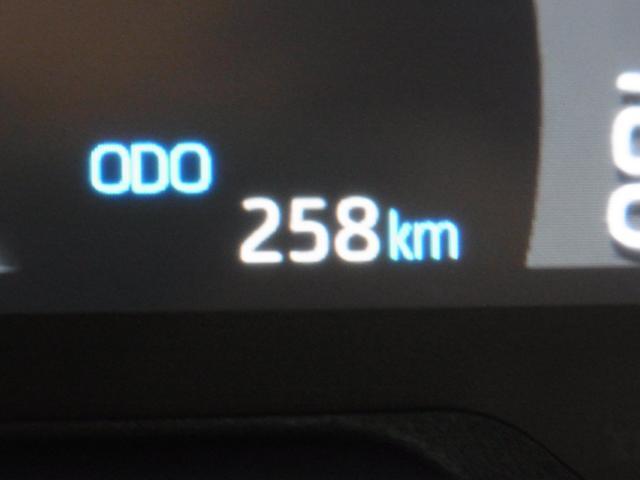 G Zパッケージ 4WD 1オーナー パノラマムーンルーフ デジタルインナーミラー プリクラッシュセーフティ レーントレーシングアシスト レーダークルーズ パワーバックドア メモリ付黒革電動シート シートヒーター 禁煙(21枚目)