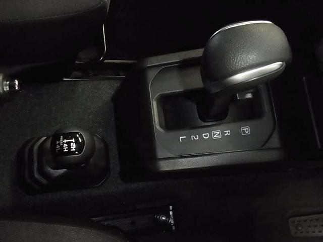 JC 4WD デュアルセンサーブレーキサポート 車線逸脱警報 シートヒーター クルーズコントロール ダウンヒルアシストコントロール LEDオートライト ヘッドライトウォッシャー キーレスプッシュスタート(17枚目)
