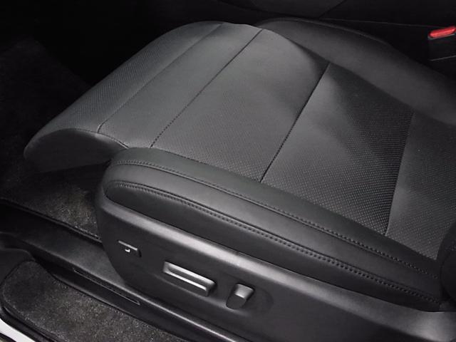 2.5Z Gエディション 後期型 1オーナー 11型ナビ 12.8型後席モニタ 黒革電動シート ツインサンルーフ 両側自動ドア セーフティセンス ドラレコ 3眼LEDライト ETC パワーバックドア シートヒーター Cセンサー(27枚目)