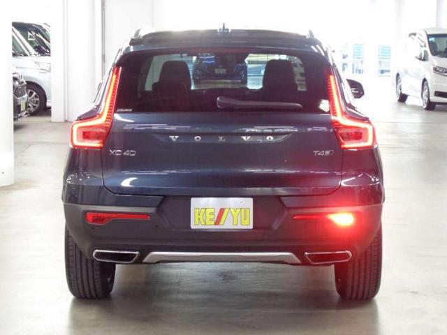 T4 AWD インスクリプション ハーマンカードン パイロットアシスト アップルカープレイ 360度モニター 前後シートヒーター 本革パワーシート ハンズフリーパワーテールゲート 前後ドラレコ ACC BLIS ETC ワイヤレス充電(6枚目)