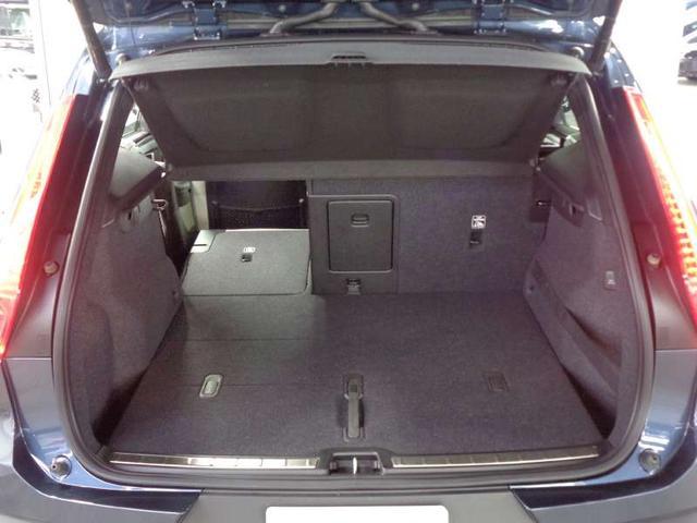 T4 AWD インスクリプション ハーマンカードン パイロットアシスト アップルカープレイ 360度モニター 前後シートヒーター 本革パワーシート ハンズフリーパワーテールゲート 前後ドラレコ ACC BLIS ETC ワイヤレス充電(14枚目)