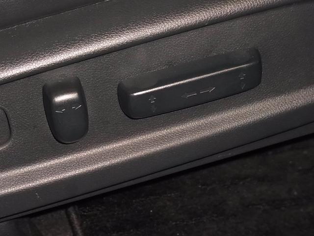 ハイブリッドアブソルート・EXホンダセンシング 後期 マルチビューカメラ パークアシスト 後席モニター ドラレコ シートヒーター 純正フルセグナビ 両側電動スライド バックカメラ Bluetooth BSM 100V電源 オットマン ETC 禁煙車(44枚目)