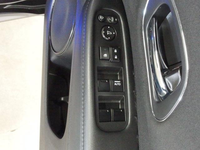 X・ホンダセンシング 衝突軽減ブレーキ 車線逸脱警報 アダプティブクルーズコントロール 純正メモリーナビ 1セグTV BTオーディオ リアカメラ ETC スマートキー LEDヘッドライト フォグランプ 純正16インチアルミ(42枚目)