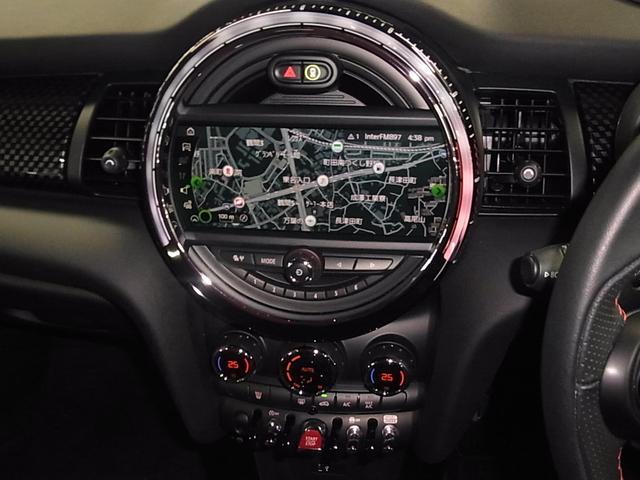 ジョンクーパーワークス 後期 RECAROセミバケ2脚 ハーマンカードン HUD ACC ドラレコ 純正HDDナビ バックカメラ Bluetooth ETC2.0 パドルシフト LEDヘッドライト スペアキー 保証書 禁煙車(30枚目)