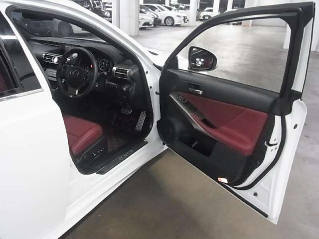 IS200t Fスポーツ ワンオーナー ターボ 専用ファブリック/Ltexスポーツシート ヒーター付電動シート メーカーSDナビ Blu-ray バックカメラ ETC2.0 クルコン ソナー 専用18アルミ HIDヘッドライト(11枚目)
