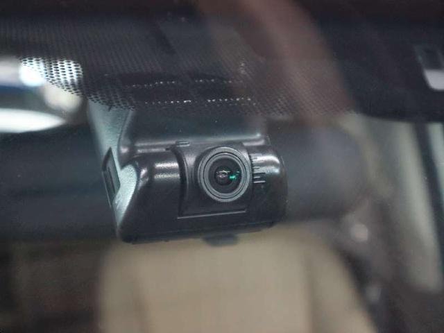ハイブリッド・Gホンダセンシング 衝突軽減 レーダークルコン レーンキープ 両側電動ドア ドラレコ LEDライト 純正メモリーナビ BluetoothAudio 12セグTV バックカメラ ETC スマートキー 横滑り防止装置(19枚目)