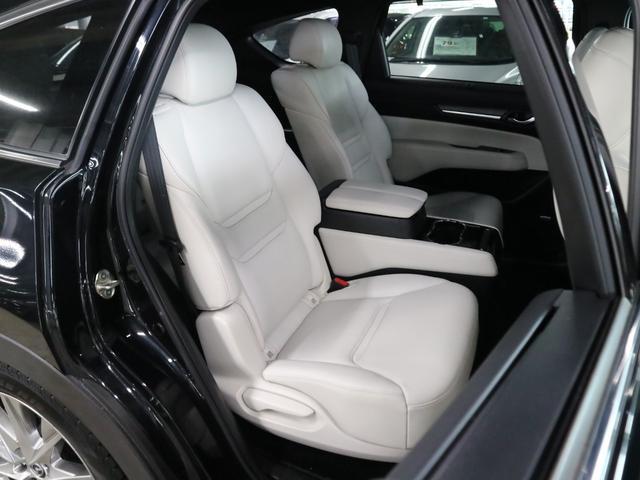 XD Lパッケージ 4WD ディーゼル BOSEサウンド 360度モニター ステア・前後席ヒーター HUD RSRダウンサス マツダコネクトナビ フルセグ Bluetooth ETC パワーバックドア 電動白レザー 禁煙(12枚目)