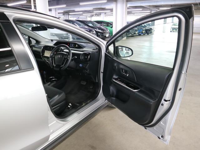 クロスオーバー ドライブレコーダー トヨタセーフティセンスC 純正SDナビ フルセグ BTオーディオ バックカメラ ETC2.0 シートヒーター スマートキー ルーフレール LEDヘッドライト フォグ 純正16アルミ(12枚目)