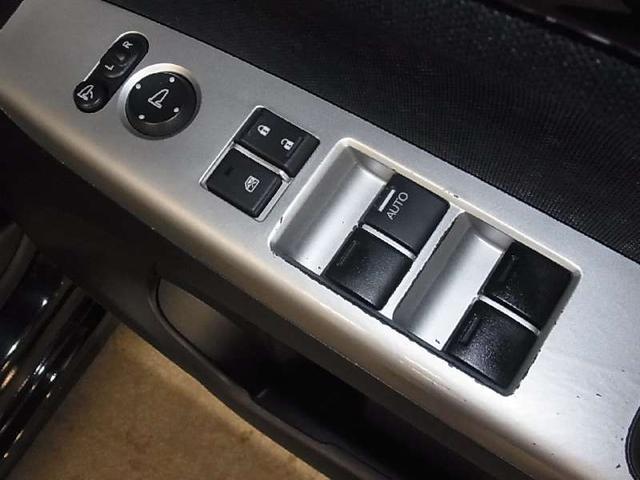 G・ターボLパッケージ ワンオーナー ドラレコ 両側パワースライドドア HIDライト パドルシフト クルーズコントロール アイドリングストップ 純正メモリーナビ BluetoothAudio リアカメラ スマートキー(19枚目)