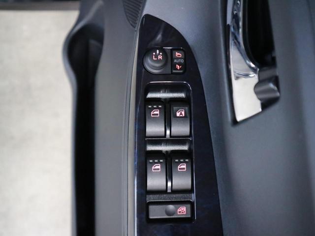 カスタムRS トップエディションSAIII ターボ車 衝突軽減 車線逸脱警報 誤発進抑制 両側パワースライドドア LEDライト 純正15アルミ シートヒーター アイドリングストップ 純正メモリーナビ CD&DVD バックカメラ 横滑り防止装置(39枚目)