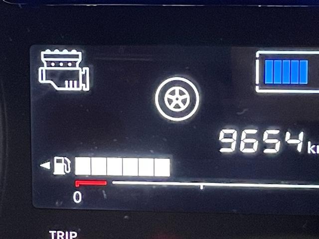 e-パワー メダリスト ブラックアロー 衝突軽減ブレーキ インテリクルコン インテリルームミラー アラウンドビューモニター ドラレコ ソナー 純正SDナビ Bluetooth フルセグTV DVD ETC ハーフレザー LED 車線逸脱警報(22枚目)