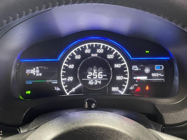 e-パワー メダリスト ブラックアロー 衝突軽減ブレーキ インテリクルコン インテリルームミラー アラウンドビューモニター ドラレコ ソナー 純正SDナビ Bluetooth フルセグTV DVD ETC ハーフレザー LED 車線逸脱警報(45枚目)