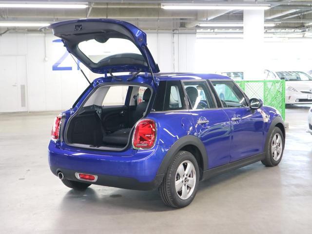 ヴィクトリア 5ドア 特別仕様車 7DCT 1オーナー ドラレコ 純正HDDナビ バックカメラ Bluetooth LEDライト アイドリングストップ ユニオンジャックテールランプ 純正15AW スペアキー 禁煙車(17枚目)