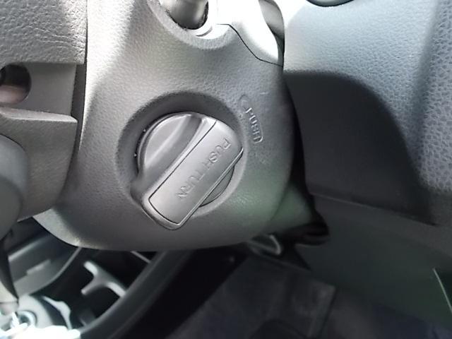 オートエアコン!ウィンカーミラー!フルオートエアコン!ETC!プライバシーガラス!ドアバイザー!ライトレベライザー!アイドリングSTOP!内外装とってもキレイなワンオーナー車!禁煙車