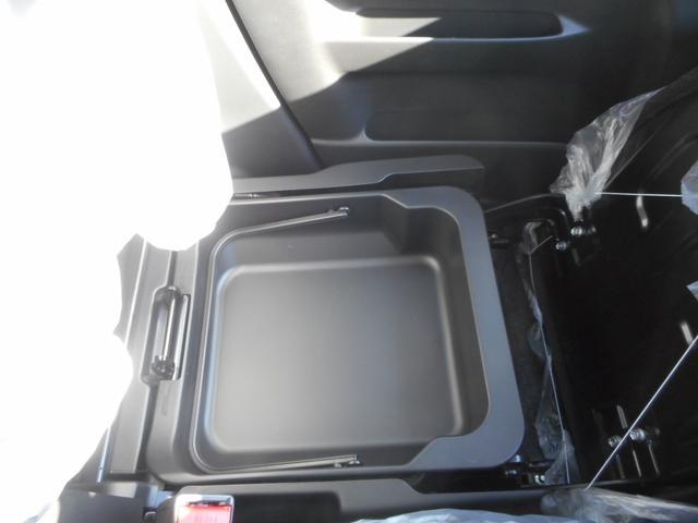 スズキ スペーシア Gリミテッド 自動ブレーキ搭載