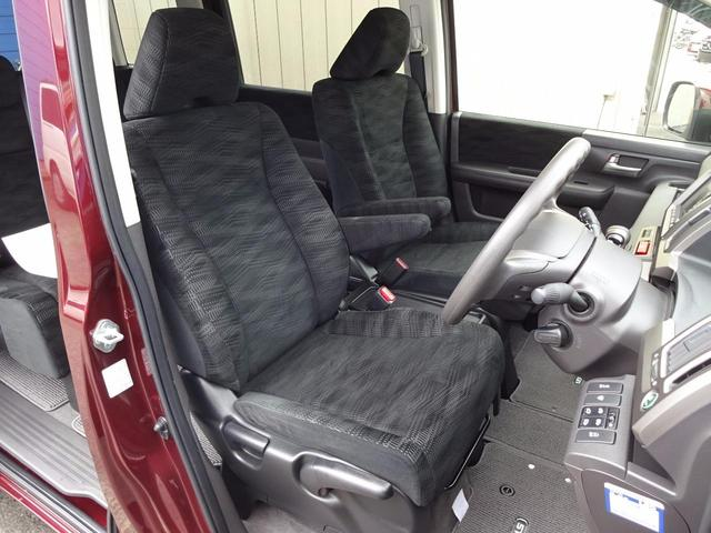 ホンダ ステップワゴン GインターナビEセレ 4WD 両側自動ドア スマートキー