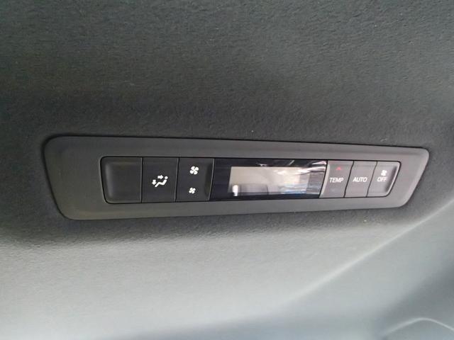 「トヨタ」「エスクァイア」「ミニバン・ワンボックス」「神奈川県」の中古車77